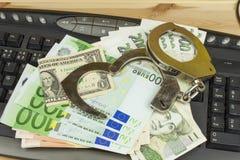 Das Konzept der Internetkriminalität Kriminelle Aktivität durchgeführt durch Computer und das Internet lizenzfreie stockfotos