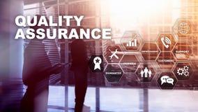 Das Konzept der Qualitätssicherung und der Auswirkung auf Geschäfte Konzept über weißem Hintergrund lizenzfreie abbildung