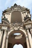 Das Kronentor des Palastes Zwinger in Dresden lizenzfreie stockbilder