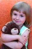 Das Lächeln des kleinen Mädchens Stockbild