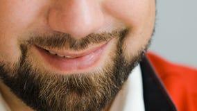 Das Lächeln des Mannes stock footage