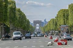 Das l'Etoile berühmte historische Monument Arc de Triomphe -Des in Paris, Frankreich lizenzfreie stockfotografie