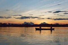 Das Laguna groß an der Dämmerung - Reserve Cuyabeno-wild lebender Tiere, Amazonas-Gebiet, Ecuador Stockfotografie