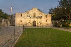 Das legendäre Alamo-Auftragfort und -museum in San Antonio Lizenzfreies Stockbild