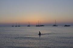Das letzte Schwimmen des Tages Lizenzfreie Stockfotos