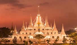 Das Lichter Pagode wat asokaram, Pagoden-Tempel Thailand lizenzfreies stockfoto