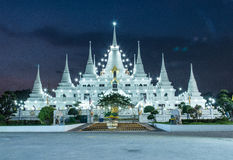 Das Lichter Pagode wat asokaram, Pagoden-Tempel Thailand stockfotografie