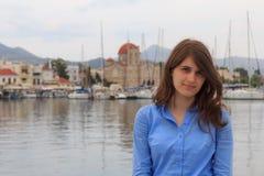 Das Mädchen auf der Insel von Aegina Lizenzfreies Stockbild