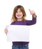 Das Mädchen, das leeres Plakat mit den Daumen hält, up Geste Stockfotos