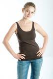 Das Mädchen in den Jeans Stockfotografie