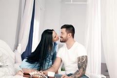 Kostenlose Dating-Seiten aus