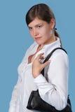 Das Mädchen mit einem Beutel Lizenzfreie Stockfotos