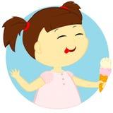 Das Mädchen mit Eiscreme Stockbild