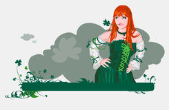 Das Mädchen mit Vierblätter Klee Lizenzfreies Stockbild