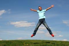 Das Mannspringen Stockfoto