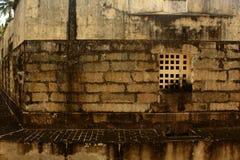 Das Manora-Fort alterte Steinwand mit Fenster Stockfotografie