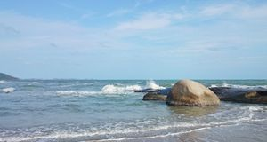 Das Meer haben Wellen stockbilder
