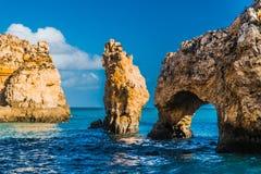 Das Meer und die Felsen 3 stockfotos