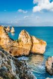 Das Meer und die Felsen 6 stockfotografie