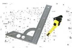 Das Metalltabellierprogramm und der Bauschaltplan. Lizenzfreie Stockfotos