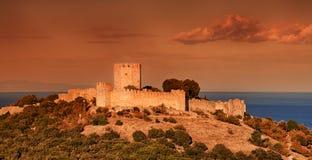 Das mittelalterliche Schloss von Platamonas, Griechenland stockbilder
