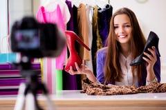 Das Mode Blogger-Aufnahmevideo für Blog Stockfotografie