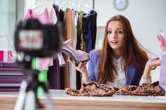 Das Mode Blogger-Aufnahmevideo für Blog Stockbild