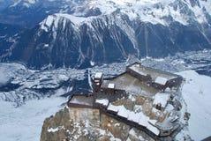 Das Mont Blanc-Gebirgsmassiv der französischen Alpen stockfotos