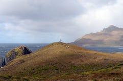 Das Monument in Form von dem Albatros war auf die Insel von Gorne zu Ehren der Seeleute installiert, die beim Versuchen zu r star Stockbild