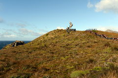 Das Monument in Form von dem Albatros war auf die Insel von Gorne zu Ehren der Seeleute installiert, die beim Versuchen zu r star Stockfotos