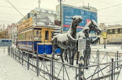 Das Monument zu Pferdetram konka in St Petersburg Stockbild