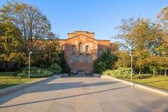 Das Monument zum unbekannten Soldaten und die Kirche des Heiligen Sophia, Sofia Lizenzfreies Stockfoto