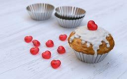 Das Muffin des Valentinsgrußes Lizenzfreie Stockbilder