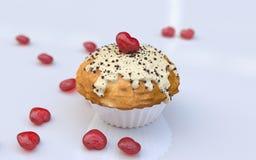 Das Muffin des Valentinsgrußes Stockbild