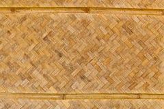Das Muster der alten gesponnenen Bambuswand Lizenzfreies Stockfoto