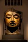 Das Nationalmuseum Bangkok, alter Stein-Buddha Stockbilder