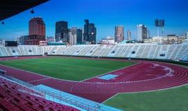 Das Nationalstadion von Thailand mit modernem Gebäude, Bangkok. lizenzfreies stockbild
