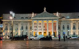 Das Nationaltheater D Maria II (Teatro Nacional D Maria II) in Lissabon, Portugal lizenzfreie stockbilder