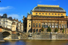 Das Nationaltheater, Moldau, Prag, Tschechische Republik Stockfotos