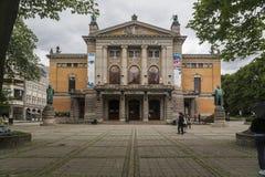 Das Nationaltheater in Oslo stockfoto