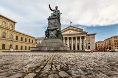 Das Nationaltheater von München stockfotografie
