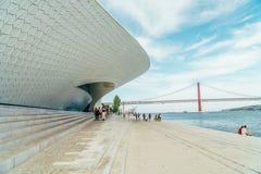 Das neue Kunstmuseum, die Architektur und Technology Museu de Arte, das Arquitetura e Tecnologia oder das MAAT Lizenzfreie Stockbilder
