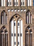 Das neue Tor in der Stadtmauer von Neubrandenburg im ehemaligen EA Lizenzfreie Stockbilder