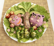 Das Nilpferd und der Affe werden vom Reis gemacht Stockbild