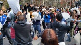 Das 2016 NYC-Kissenschlacht-Tagesteil 2 63 Stockbilder