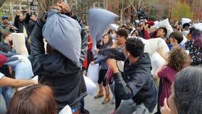 Das 2016 NYC-Kissenschlacht-Tagesteil 2 66 Lizenzfreies Stockbild