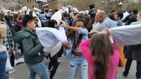 Das 2016 NYC-Kissenschlacht-Tagesteil 2 94 Lizenzfreie Stockfotografie