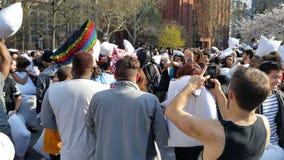 Das 2016 NYC-Kissenschlacht-Tagesteil 4 37 Stockfotografie