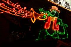 Das Orleans-Kasino-Alligatorzeichen Stockbilder