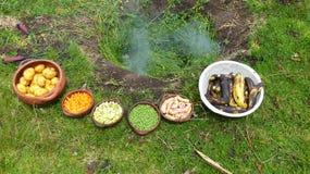 Das pachamanca ist ein ererbtes Ritual der Eingeborenen der Anden lizenzfreie stockfotos